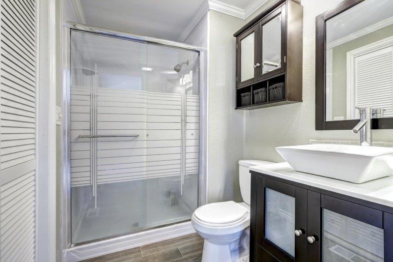 как правильно разместить сантехнику в ванной