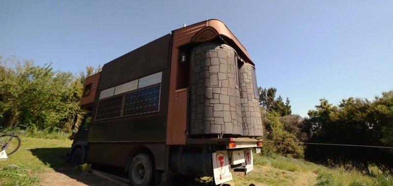 дом из грузовика