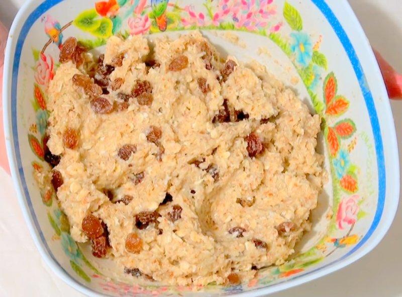 домашнее печенье из овсяных хлопьев с изюмом