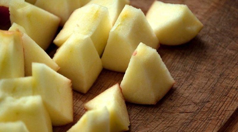 как порезать яблоки