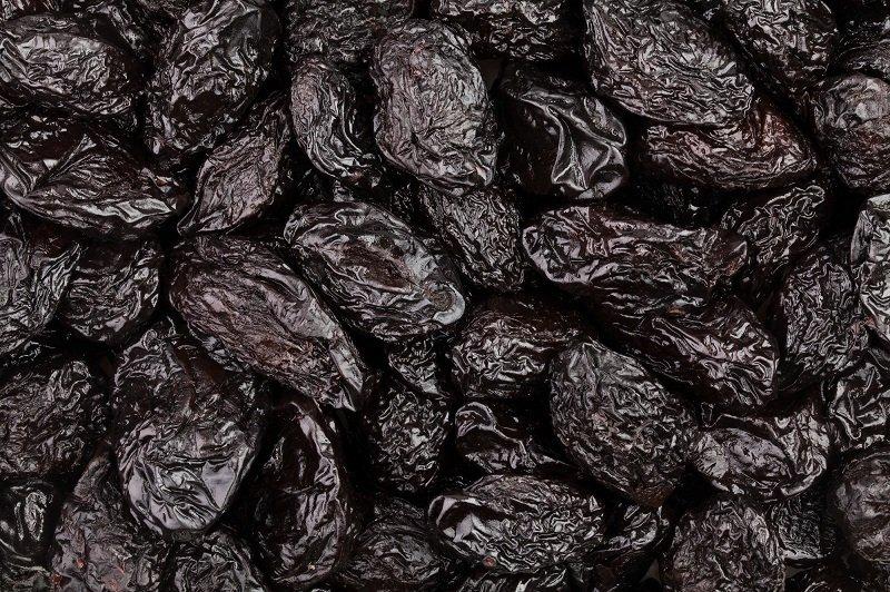 https://ru.depositphotos.com/96972114/stock-photo-dried-pile-of-prunes.html