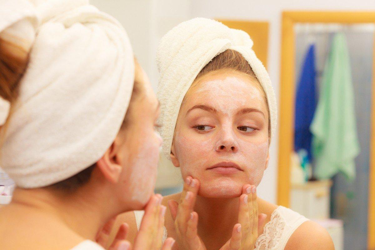 Для чего требовательный косметолог просит не покупать маски, а не лениться и делать самостоятельно