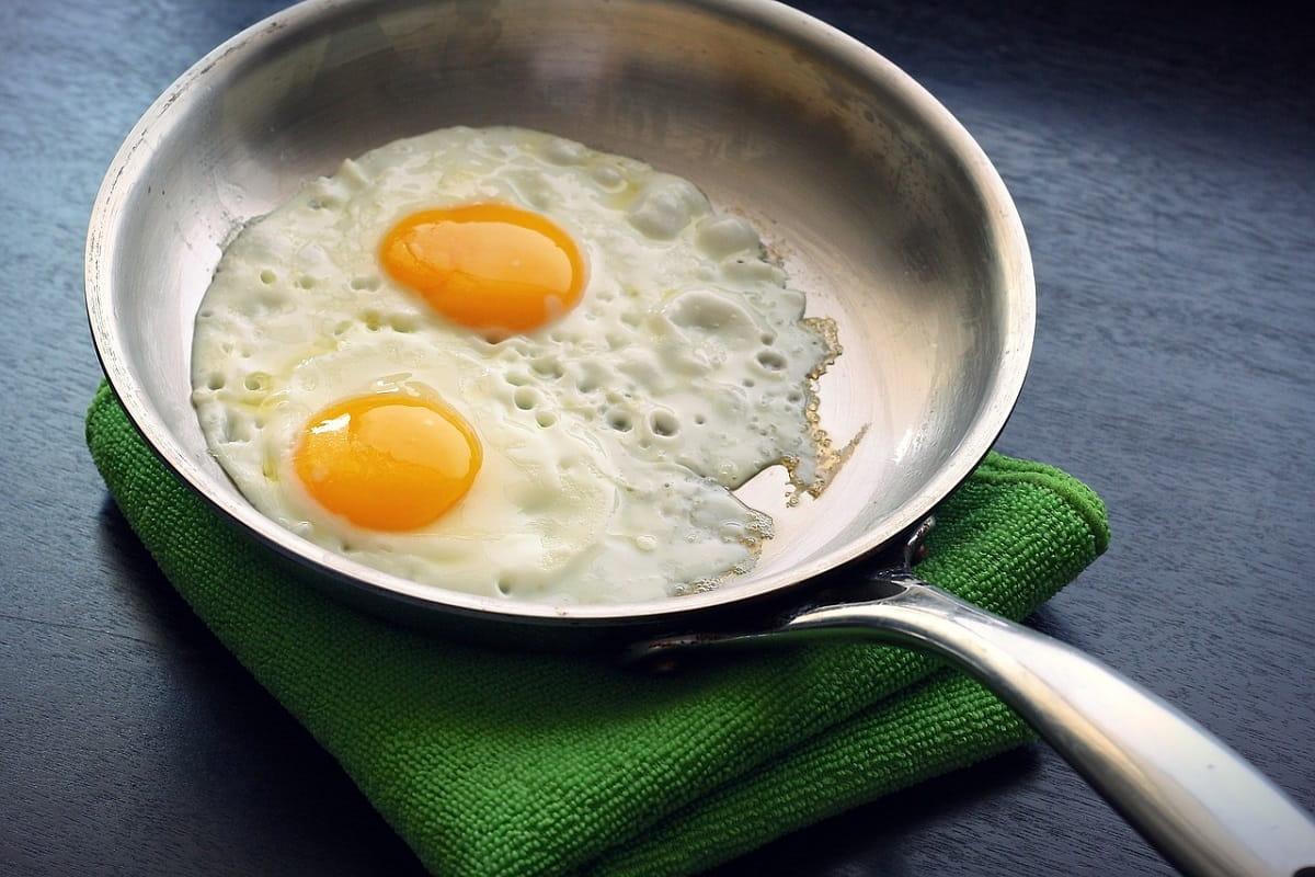 Дорогие яйца: есть ли смысл переплачивать или купить подешевле?