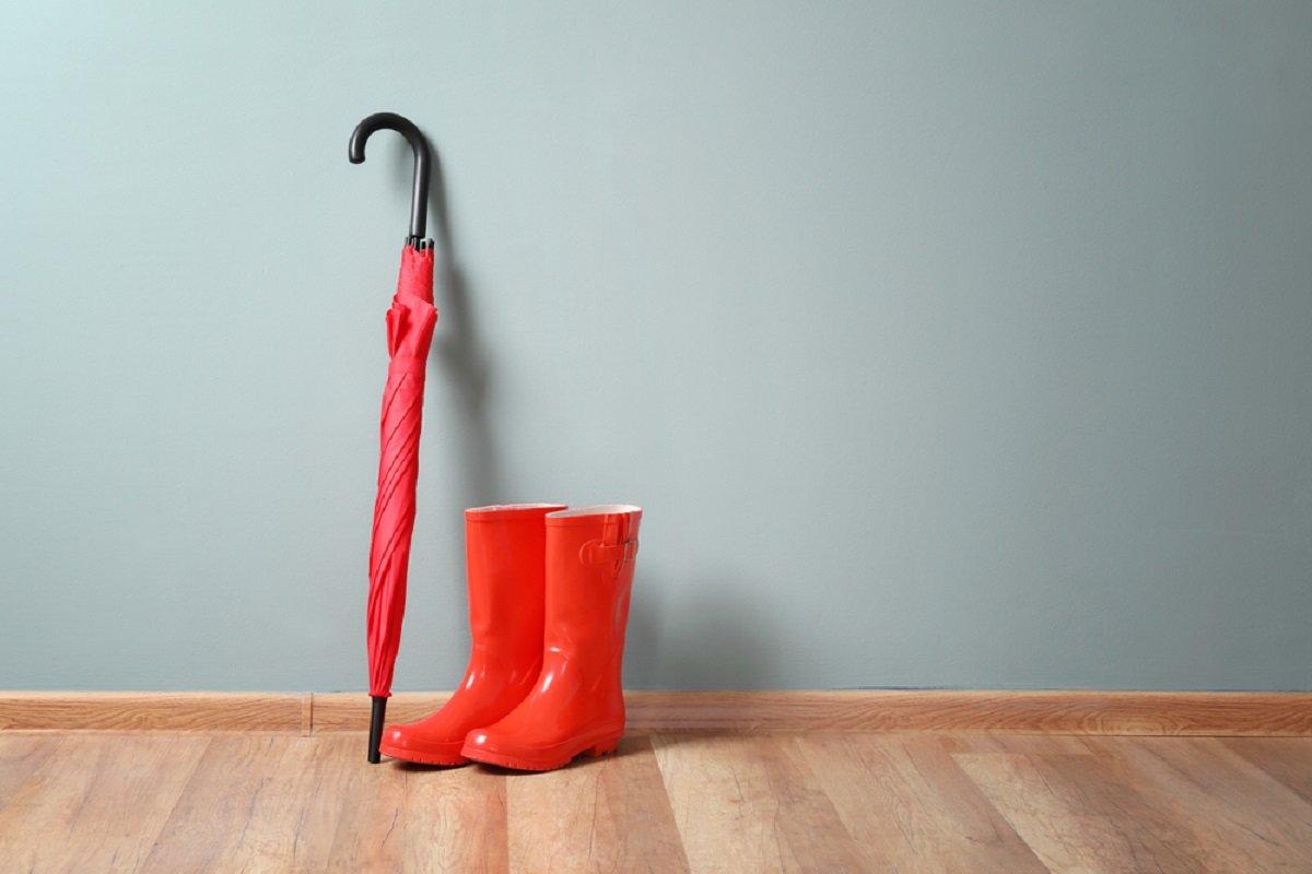 Чем заменить тяжелый и громоздкий зонт в сумке дождевик, можно, занимает, дождь, постоянно, нужно, рынке, зонта, когда, найти, сумке, место, случае, зонтик, носить, меньше, немного, капюшоном, Также, сумку
