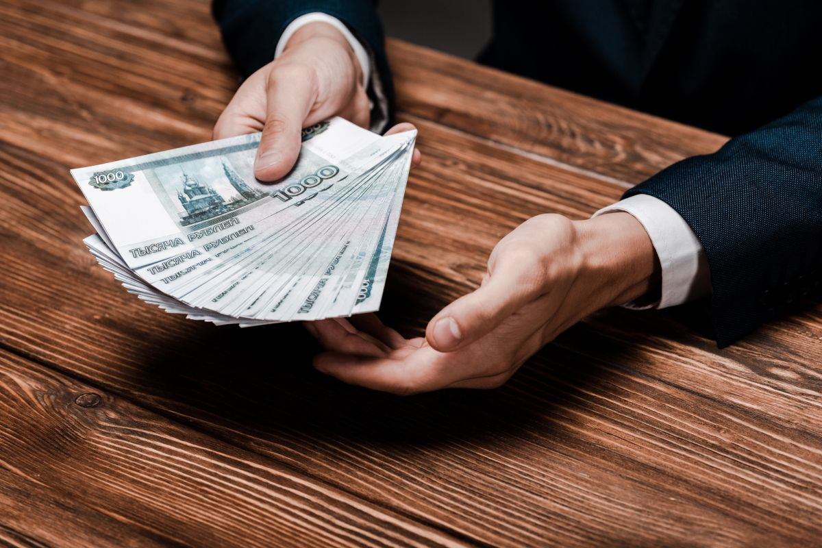 Экономный человек не тратит деньги на следующие вещи