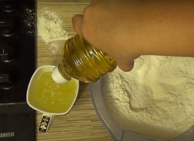 тонкое эластичное тесто для пельменей
