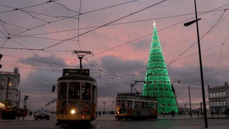 елка в лиссабоне 2017