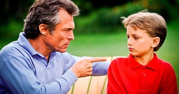 Как вырастить ребенка без комплексов: 8 фраз, о которых следует забыть раз и навсегда.