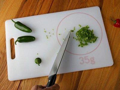 разделочная доска с весами