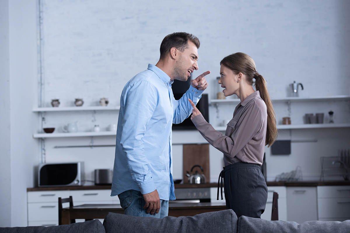 Почему успешный муж никогда не запрещает жене ночевать у подруг