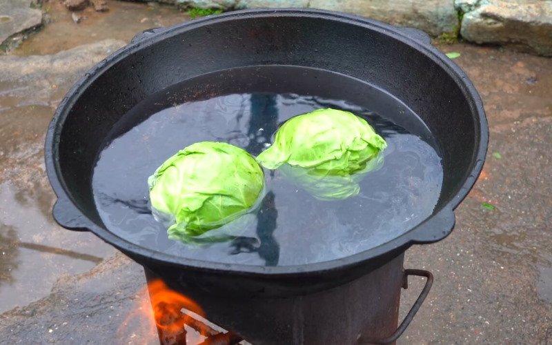 Зачем тушить голубцы с картофелем