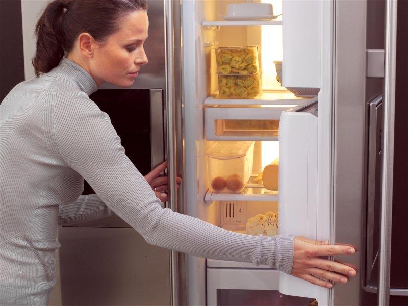 горячая еда в холодильнике