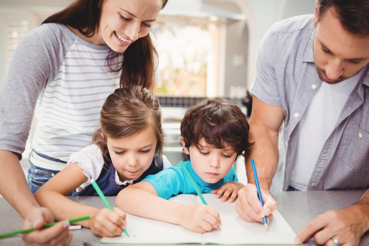 Вопиющая неграмотность современных школьников и в чём ее истинная причина ребенка, делать, грамотность, слова, ребенок, пусть, ошибок, можно, детей, пишут, анализировать, писать, стороны, грамотности, школьников, своих, нужно, написанное, ничего, здесь