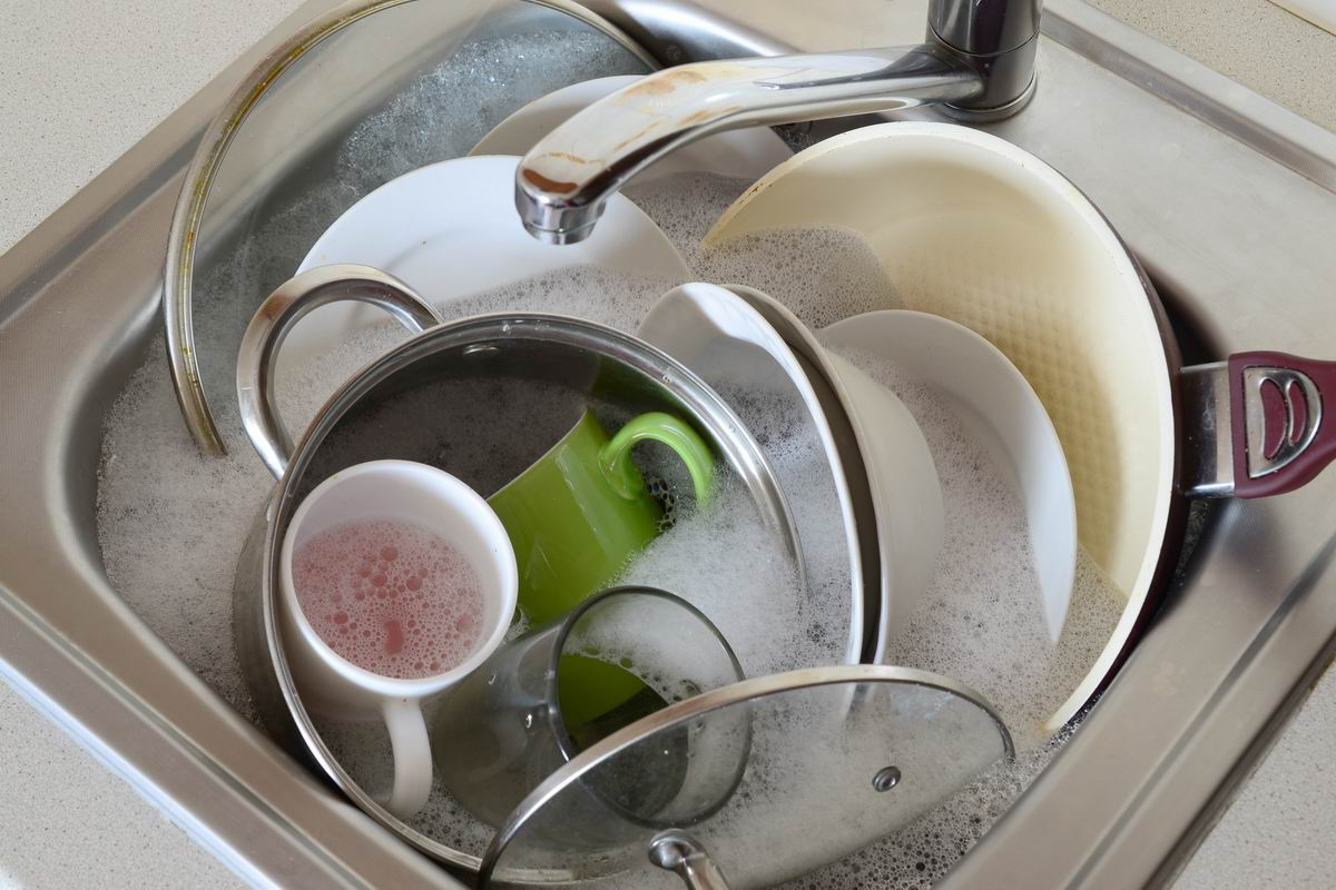 грязная посуда на ночь