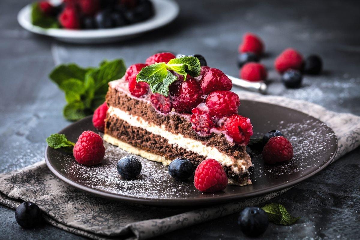 торт с густым кремом