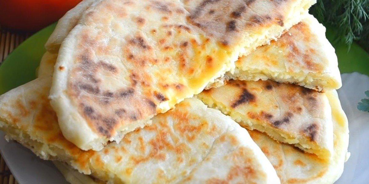 хачапури с адыгейским сыром и сулугуни