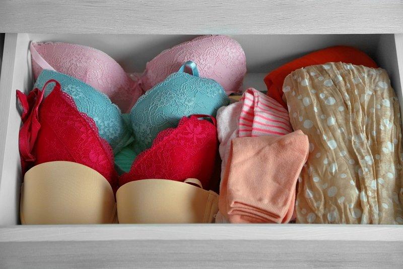 как хранить белье в шкафу