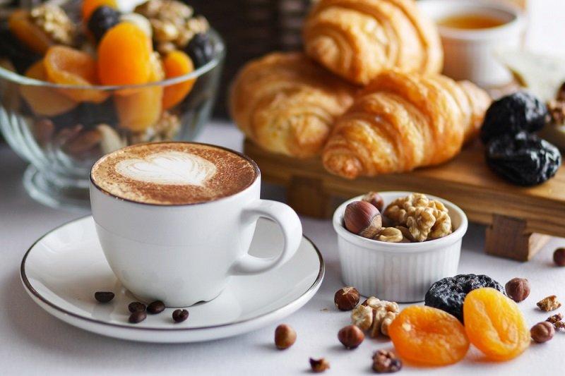 საუზმე1