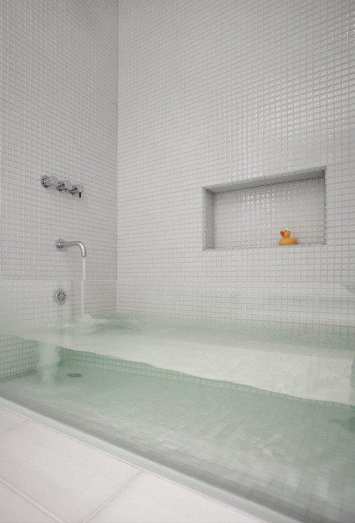 прозрачная ванна