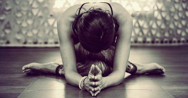 5 причин практиковать инь-йогу. Это кардинально изменит твою жизнь!