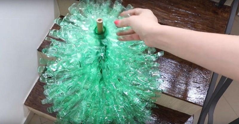 елка своими руками из пластиковой бутылки