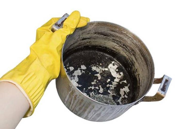 чистка кастрюли