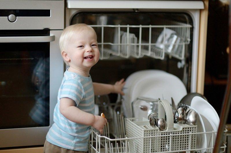 Кому нужна посудомоечная машина