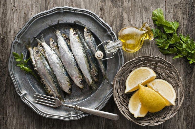 источники белков, жиров и углеводов