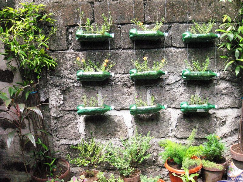 пластиковые бутылки интересные поделки для сада