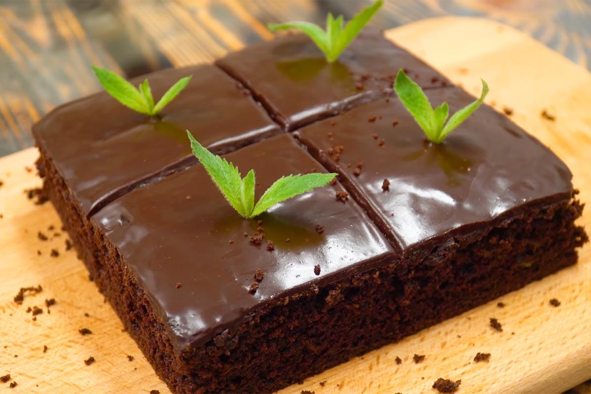 Кулинарный блогер добавила кабачок в шоколадный брауни, и он приобрел небывалую сочность