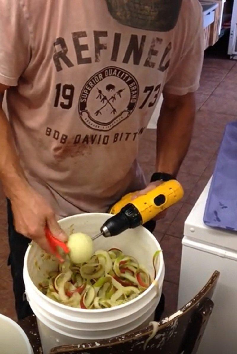 как быстро очистить яблоки