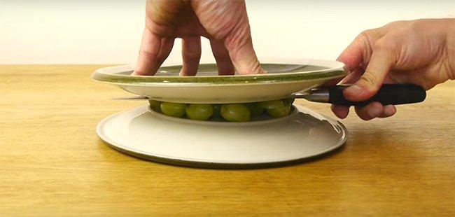 как нарезать виноград