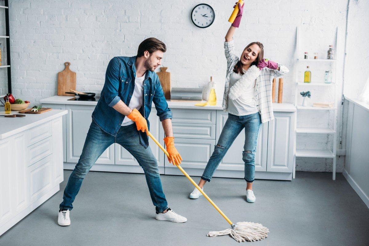 Как часто проводится генеральная уборка в современной семье