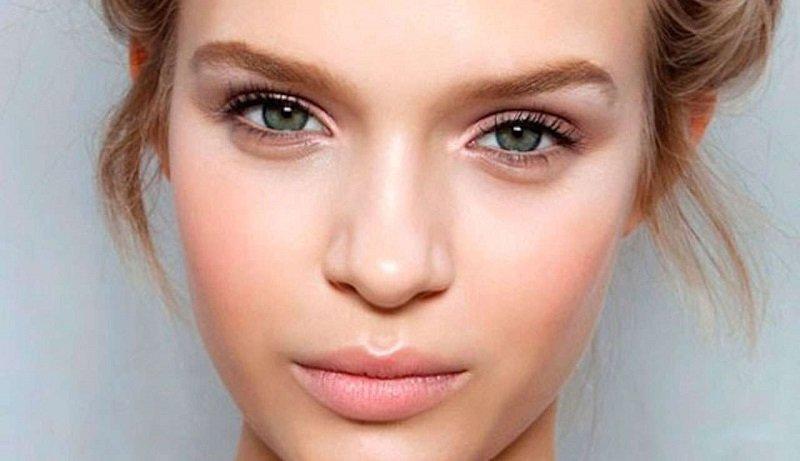 Как сделать макияж с минимум косметики