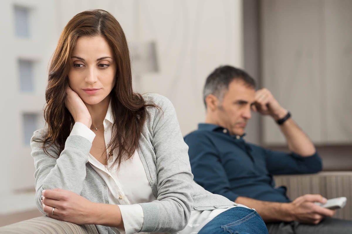 Стоит ли разводиться, если муж не поздравил с 8 Марта