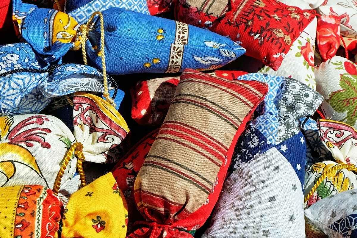 Бабушкины советы, чтобы одежда не пахла плесенью и не кормила моль Вдохновение,Советы,Запахи,Мыло,Мята,Одежда,Хранение,Шкаф