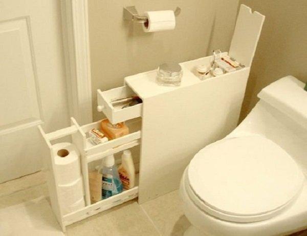 мини-шкафчик в туалете