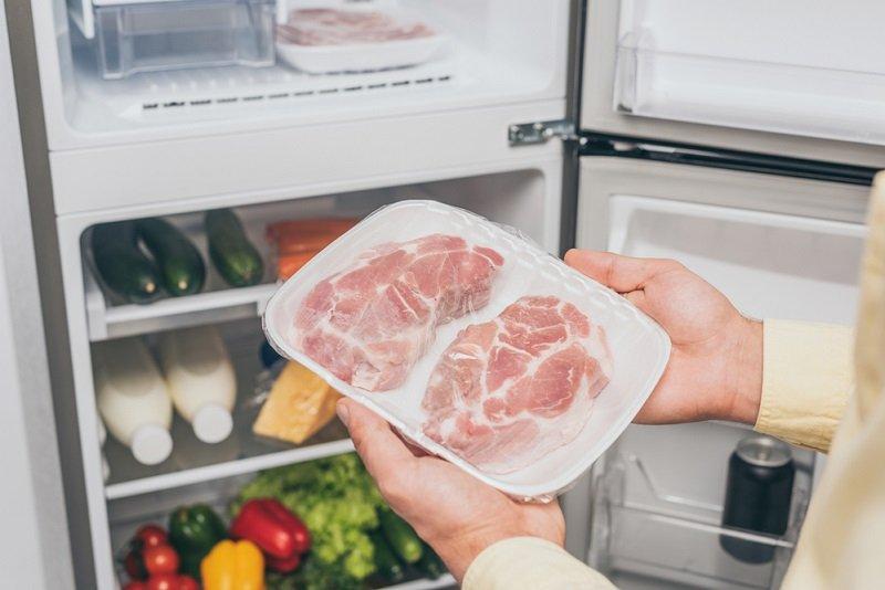 мясо в холодильнике фото