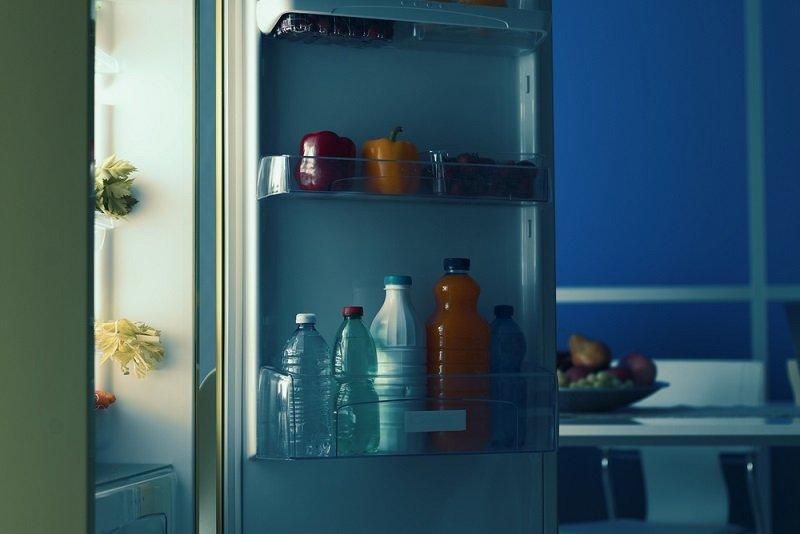 напитки в холодильнике фото