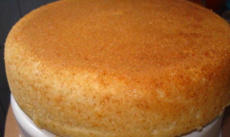 как испечь бисквит в духовке