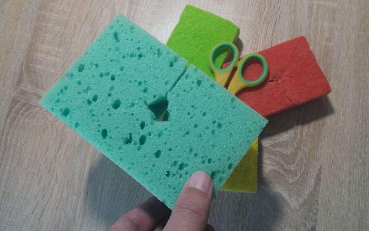 Зачем вырезать небольшую дырку в губке для мытья посуды губку, губкой, губка, будет, влаги, можно, губки, пользоваться, использовать, небольшую, излишков, грязных, недостатки, преимущество, комната, приема, просто, чисто, Никаких, раковину