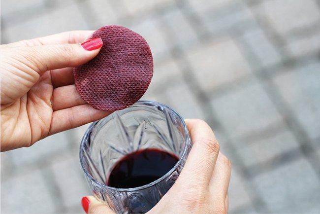 ватный тампон в вине