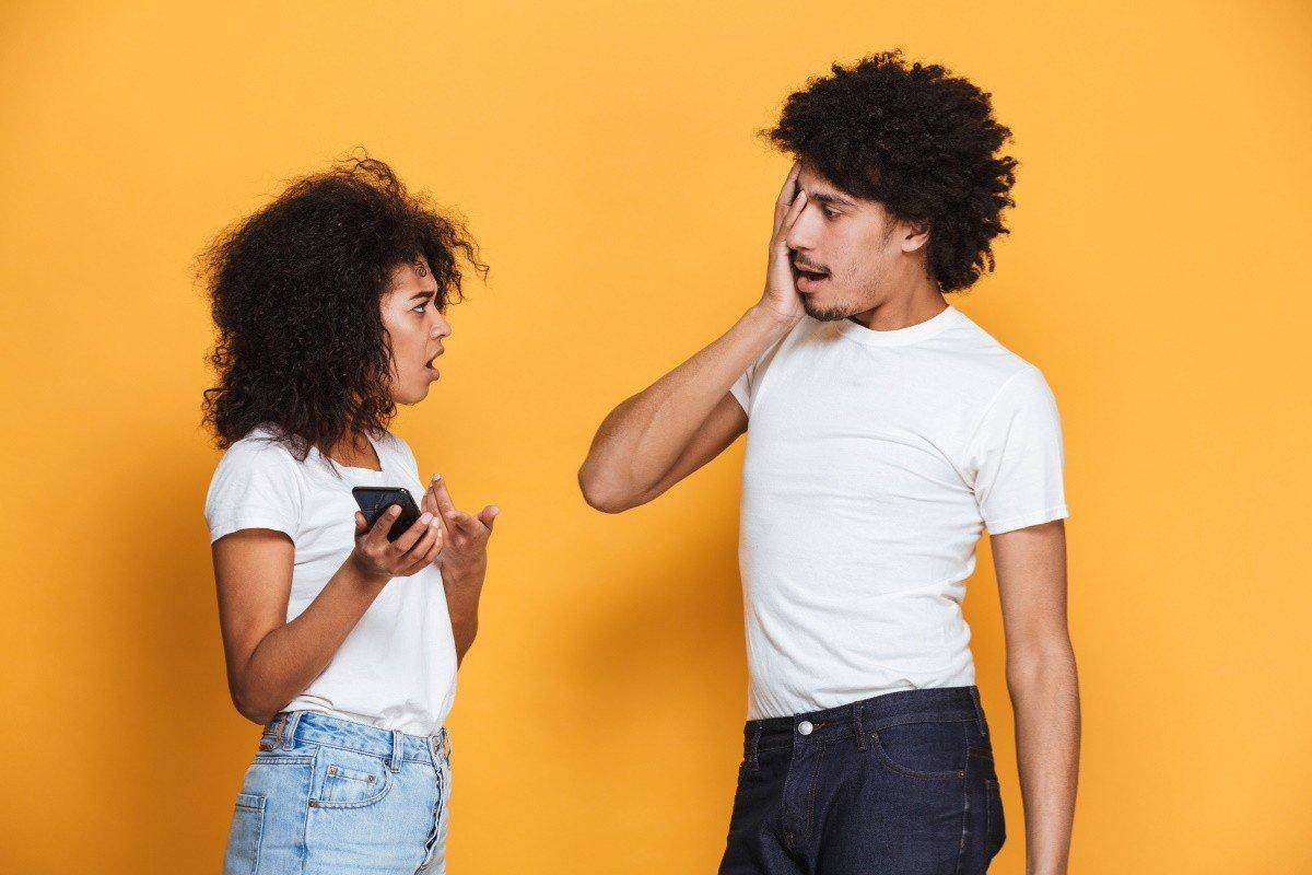 Как перестать завидовать мужу, что пропадает в путешествиях, а жену не берет с собой