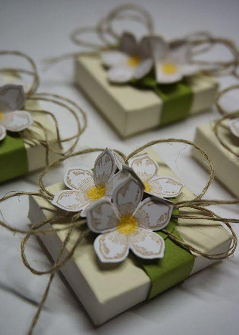 Как красиво оформлять подарки 46