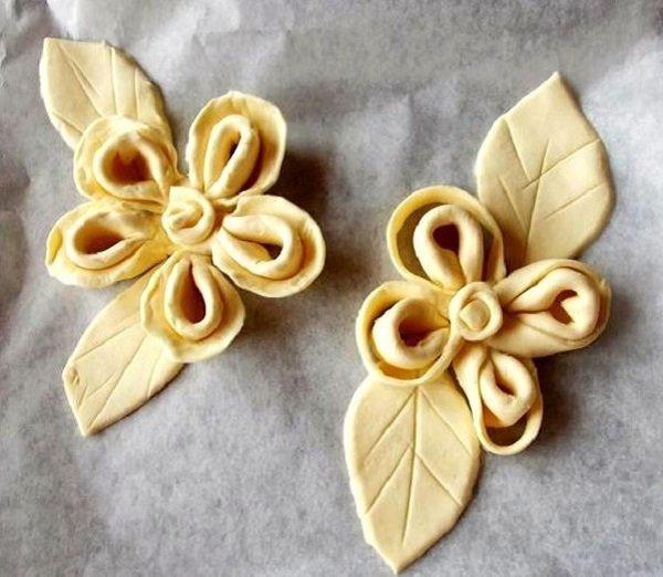 цветы из теста для пирога