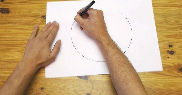 Нарисовать ровный круг от руки — очень легко! Спрячь циркуль подальше.