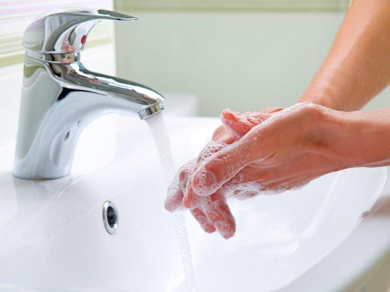 как научиться свистеть руками