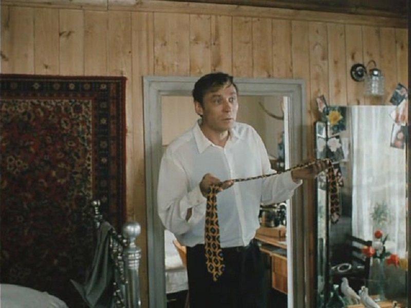 как правильно носить мужской галстук