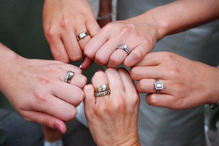 как носить кольца с бриллиантами