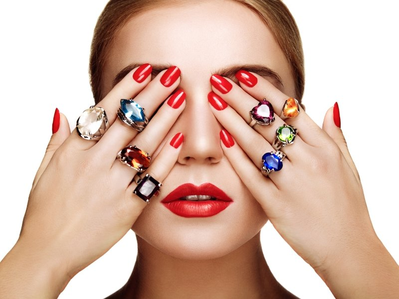 как носить кольца девушке